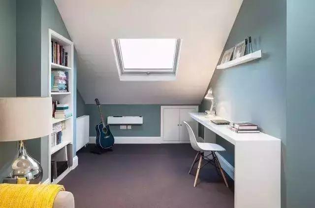 斜顶阁楼天窗设计